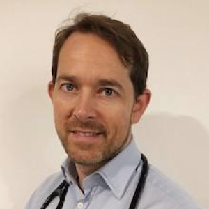 Dr Ross McMahon